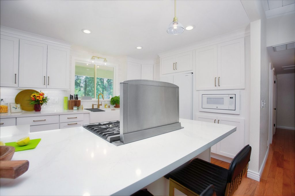 Modernizing a kitchen and living room 15
